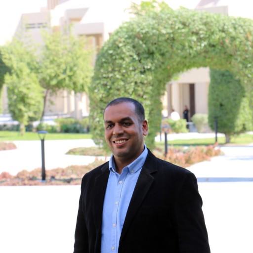 Dr Ahmed Massoud
